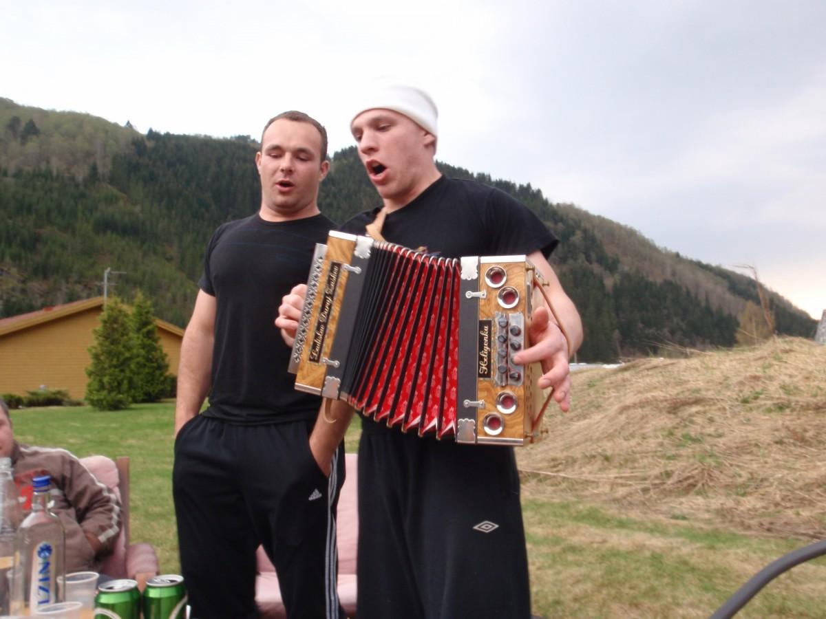 5c-gulas-party-a-muzika_resized_0